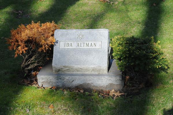SB,IN Orthodox Jewish Cemetery