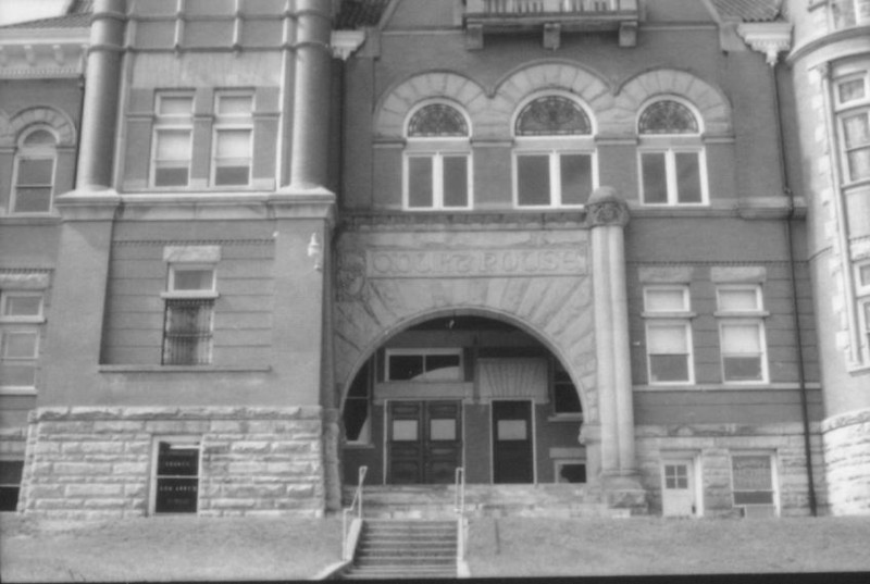 position10courthouse1-79g
