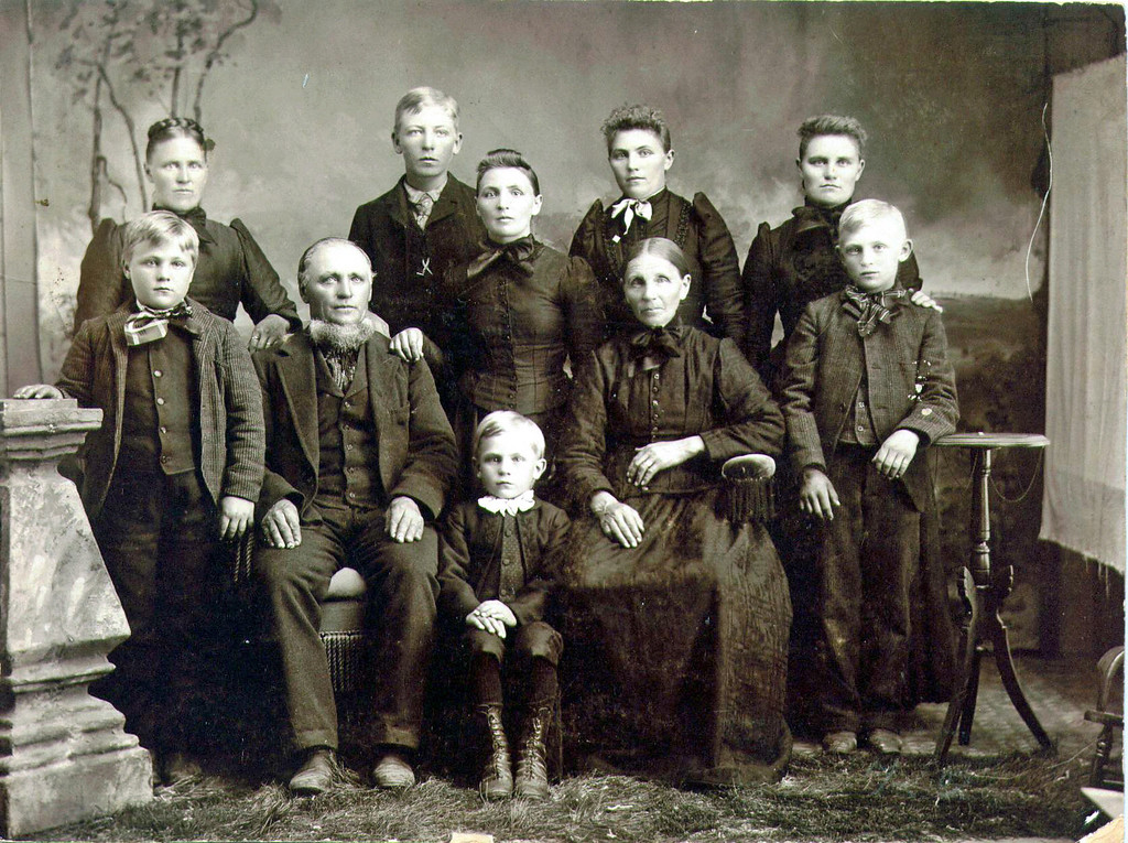 Clemens Boeckenstedt Family.  Clemens is my great-grandfather, born in Germany and emmigrated to the US in 1848 with his parents, sister, and four brothers.  My Grandfather Anton is in the front row, far left.