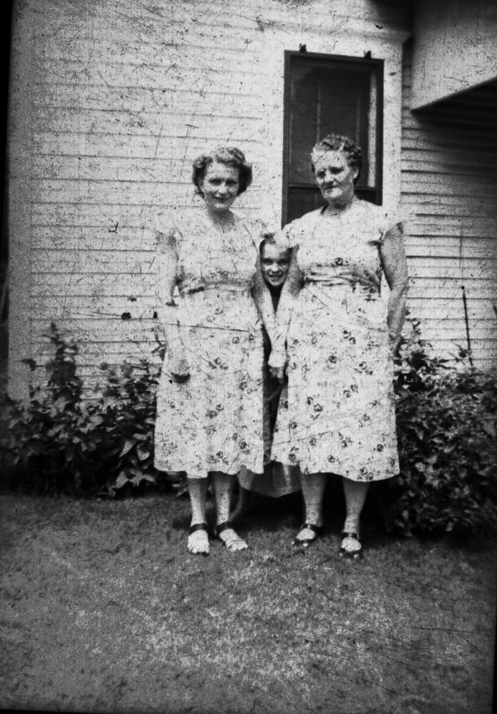 Ada Glines, Lois Glines & ?