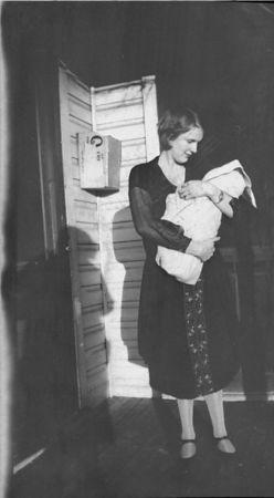 I believe this is Ada Glines with baby Helen ca 1925.