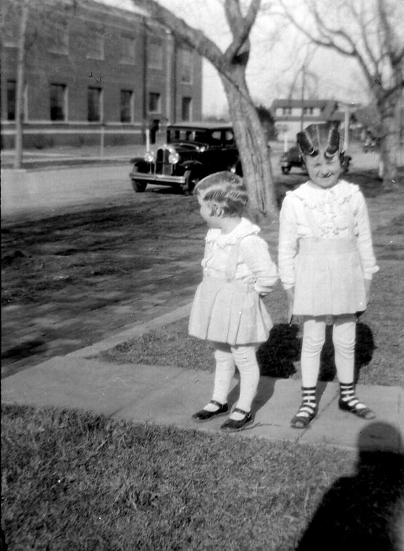 Dorothy and Helen Glines.  Helen already had long feet...