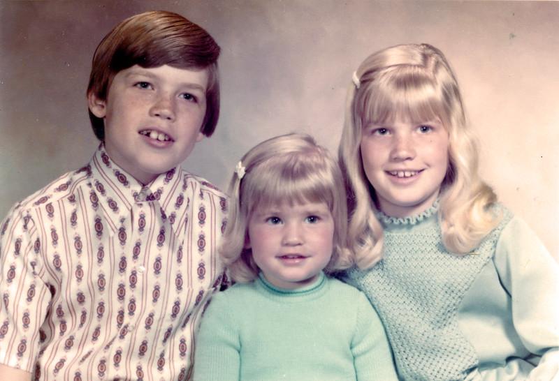 Harry, Lisa & Linda Hall