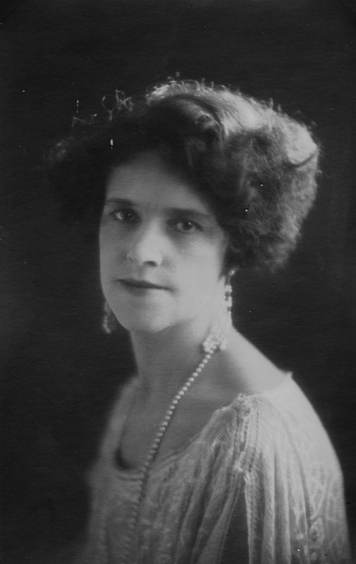 Elvira Azile Harrison (1884-1953) the daughter of Robert Ferdinand Harrison and Mary Elvira Wilkes.  She married Stephen Thomas Garey on September 8, 1906.