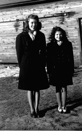 Joyce and Evelyn (Jean) Herdrich