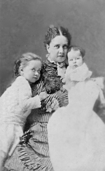 Nettie, Eliza, and Jessie R. Gale (L to R). Early 1875.