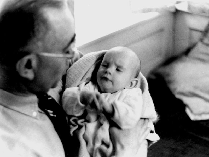 Ben Sr&Infant Sam