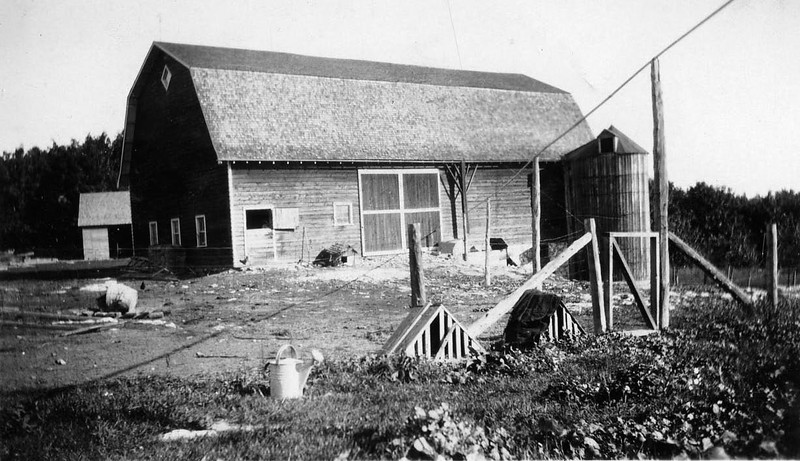 Barn on Bernhard Becher farm