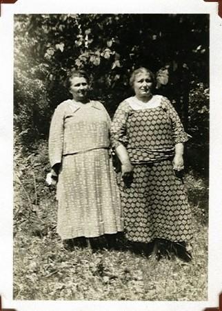 Margaret (Bauer) Klimmer and Katharine (Beaver) Bauer