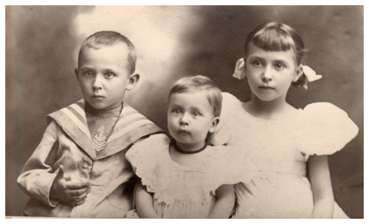 1897 Otto A. (Opa) and Mary (Oma) Kreb's children, from left to right: 1. Waldo Karl (Baa): Father of David, Jane and Wanda 2. Otto St. Clair: Doctor and father of Mary Clair, Otto Jr. (Kiki); Uncle Otto delivered Mark and Mary Jane 3. Marie: Mother of Mary Julia Fitzporter