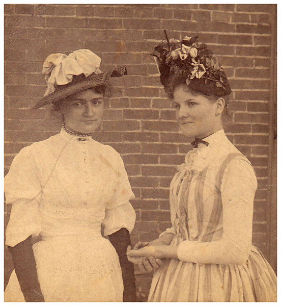 1890 Bertha (a friend) and Christiana Friederike (Mamima) Wangelin.