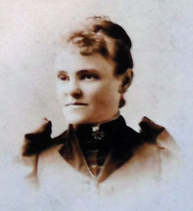 1880 Emma (Rutz) Krebs Birth date:	15 Nov 1859 Death date:	14 Mar 1944 Wife of Arthur Krebs. Arthur Krebs, Married 30 Jan 1890 in Chicago, IL