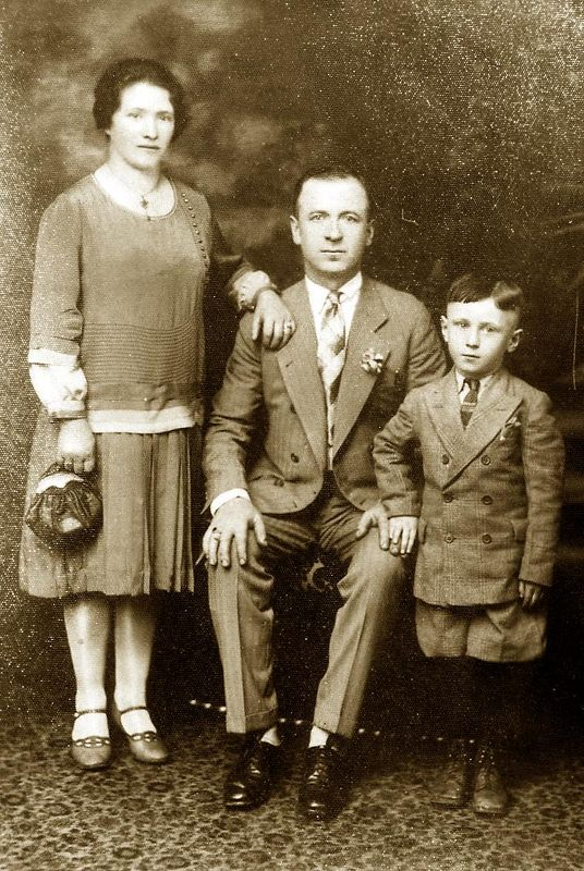 Mary and Tony Lombardi with their son  Pasquino