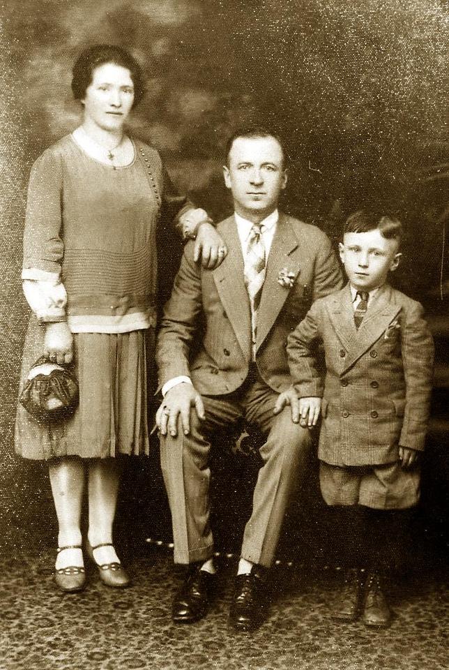 Mary and Tony Lombardi with their son  Pasquino