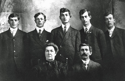The five Durham brothers with parents Allie and David