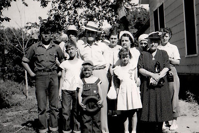 Maiden and Miller family members - 4th of July 1949
