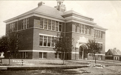 Postcard from Lesley Mapes to his parents- Lesley attended this school while he stayed with his uncle Calvin during his illness.