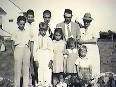 Front: Marvin, Harold, Jane, Ruth, Joe; Back: Melvin, JW, Ferman, Gladys