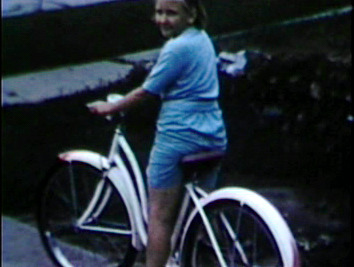 1961 3630 Jennings St., Sioux City, IA Albrecht Cycle delivers MJ's new Huffy.