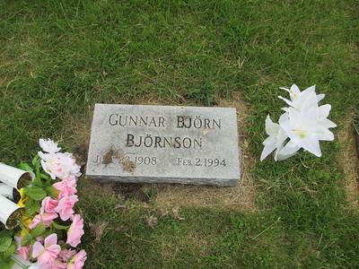 Uncle-Bjorn-Grave