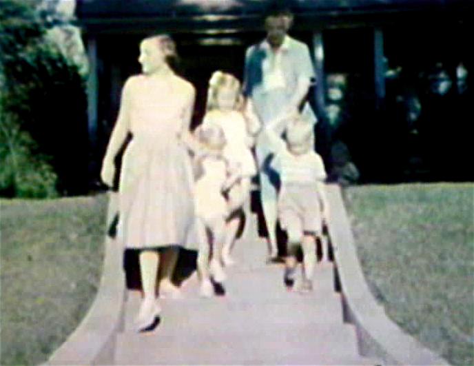 1953 3738 Jackson St. Sioux City, IA Kathy, Eloise and Wendy Kelly Emma and Mark Miller