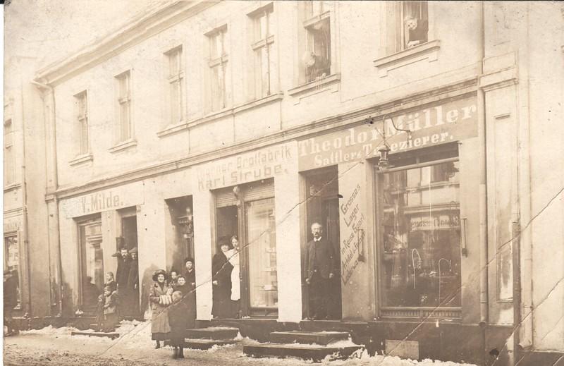 1912 postcard to Wm Mueller - front