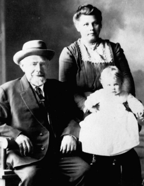 Emma Anderson with her step-father Andrew Johnson and daughter Elsie