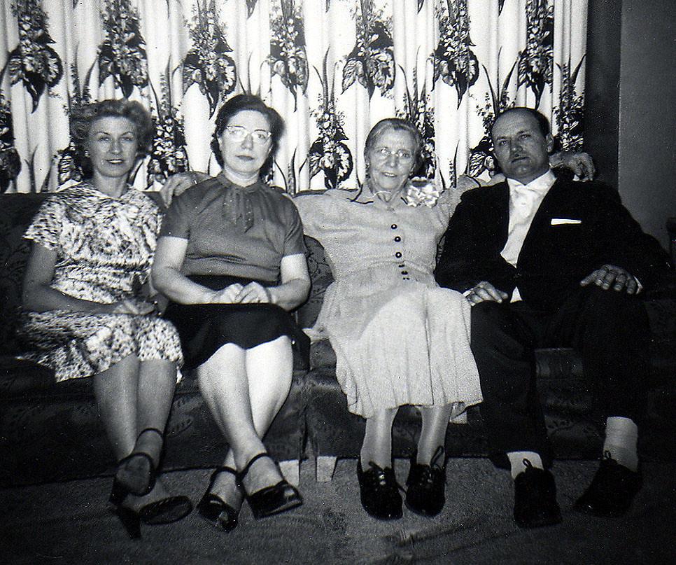 1 / 1956