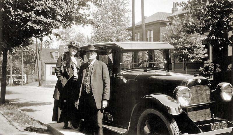 Albert and Ottelia Ogle with their Model A Ford in the 1920s.