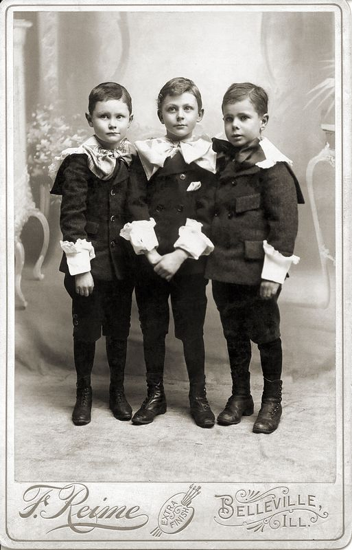 Three Ogle cousins in 1897, l-r: Frank Atlee, Eugene's son, Charles Robert, Albert's son, and John Pero Ogle, son of George W. All three boys are 6 years old.