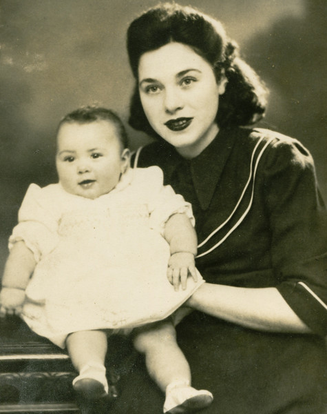 My mother and my sister 1948