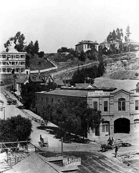 Los Angeles, 1st and Broadway looking northwest, 1886.