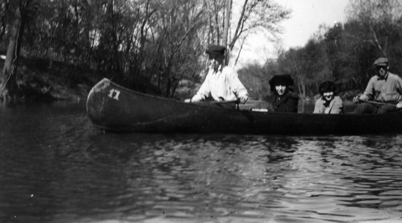 1921, Caney River.  From left to right, Lee Eldas Phillips Jr. (1905-1977), Dorothy Smallwood, Barbara McClintock, Phil Phillips ((1903-1992).  Written on back:<br /> Lee Jr. <br /> Dorothy Smallwood<br /> Barbara McClintock<br /> Phil<br /> Caney River - 1921