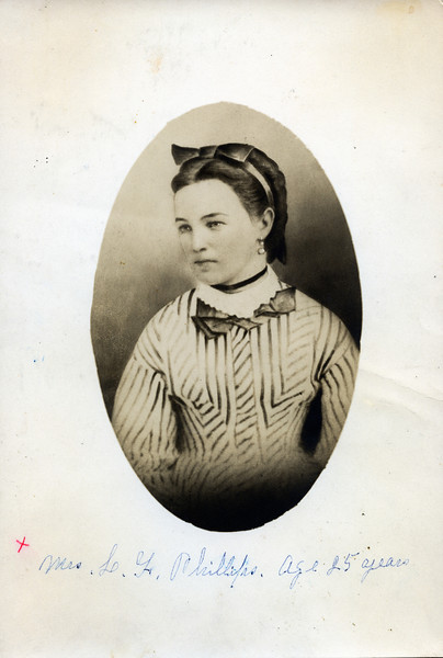 Caption reads:  Mrs. L. F. Phillips.  Age 25 years.