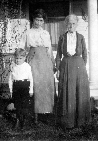 Boy - ?, Lenora Carr Phillips (?), Martha Ellen Rogers Carr