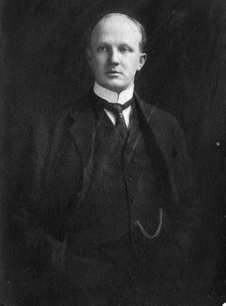 Walter Pease Innes (1873-1958).