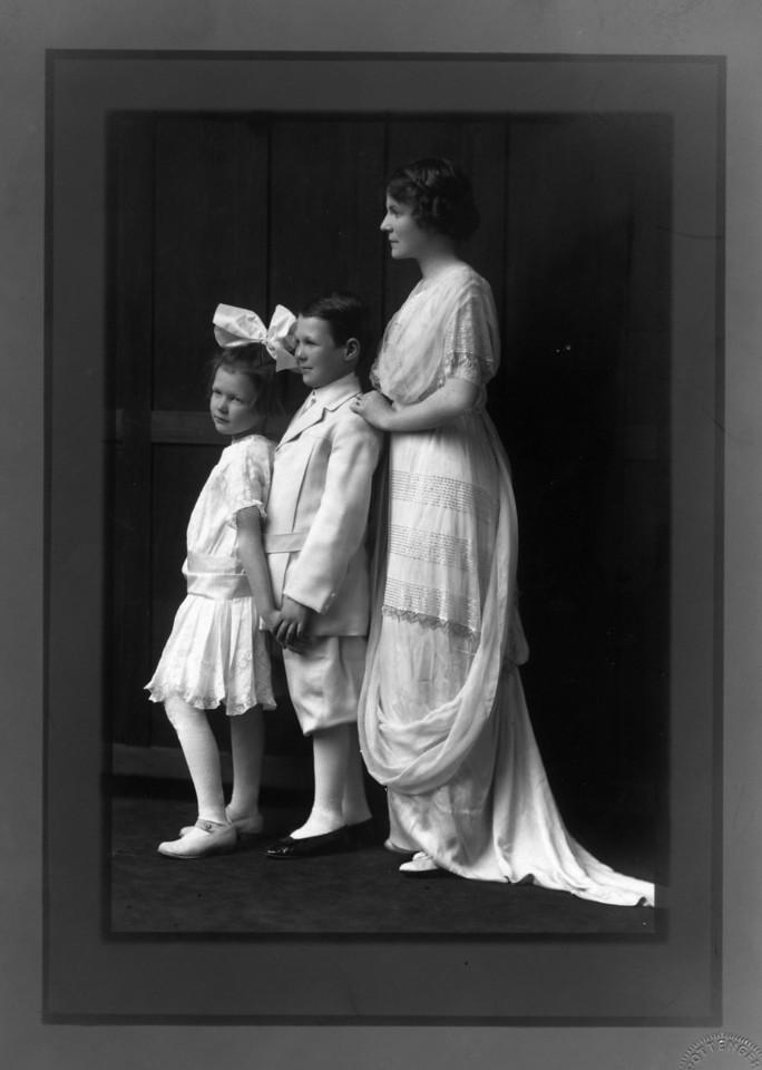 From Left to Right:  Anne Katherine Innes (Phillips) (1905-1993), Walter Pease Innes Jr. (1902-1977), Margaret May (Brown) Innes (1874-1946).  Photo:  Pottenger Studio, Wichita, Kansas.