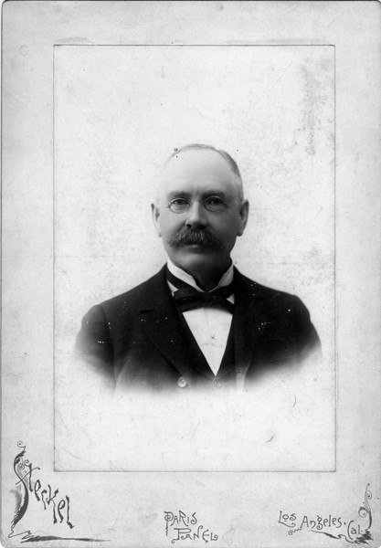 ca. 1900.  Daniel Innes (1835-1918)