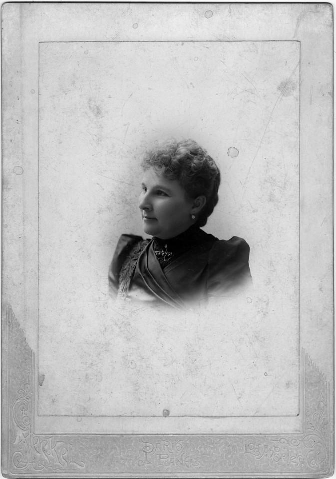 ca. 1900.  Sarah Katherine (Pease) Innes (1849-1935), wife of Daniel Innes.  Photo:  Steckel, Los Angeles, California.