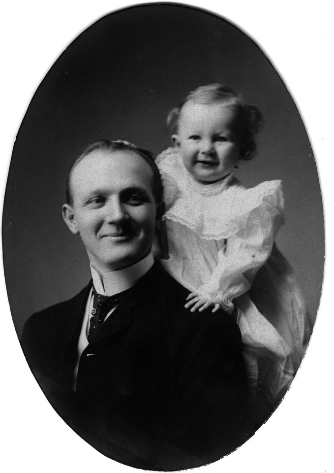 Ca. 1906?  Walter Pease Innes Sr. (1873-1958), and I think Anne Katherine Innes (Phillips) (1905-1993).
