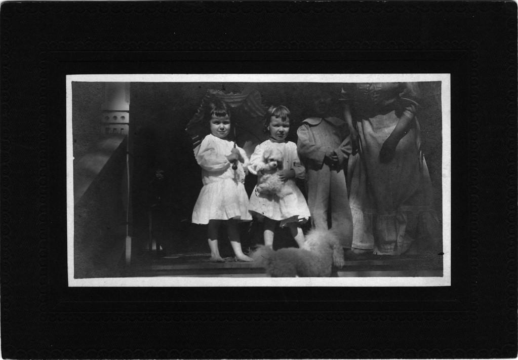 Ca. 1910.  From left to right:  Elizabeth Woods, (1905-1937), Anne Katherine Innes (Phillips) (1905-1993), Walter Pease Innes Jr. (1902-1977).