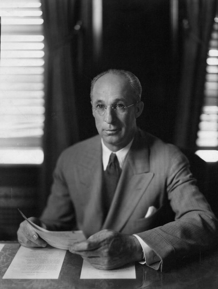 Lee Eldas Phillips (1876-1944).