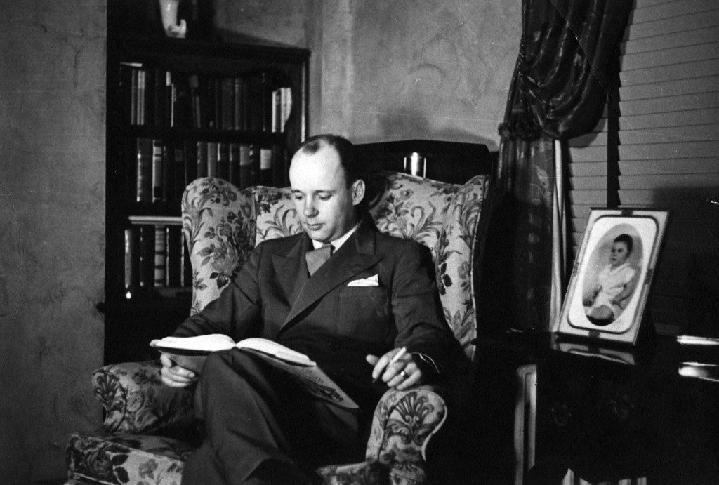 Lee Eldas Phillips Jr. (1905-1979).