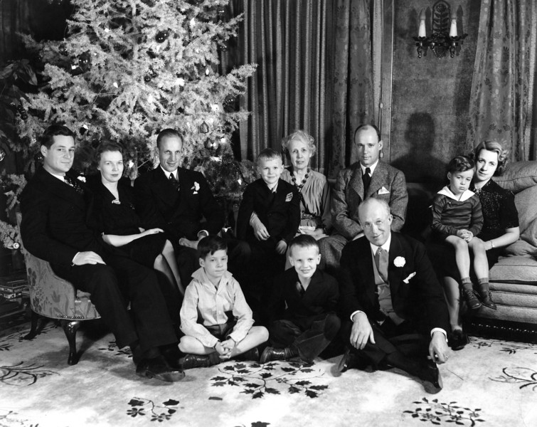 "Christmas.  From Left to Right:  John ""Twink"" Starr, Anne Katherine Innes Phillips (""Pink""), Phil Phillips, Innes Phillips, Lenora Carr Phillips (""Miss Nodie""), Lee Phillips Jr., Martha Jane Phillips Starr with James Lee Starr in lap;  on floor:  John Philip Starr, Lee Phillips III, Lee Phillips Sr."