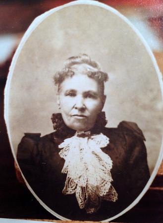 Sarah Jane Lewis