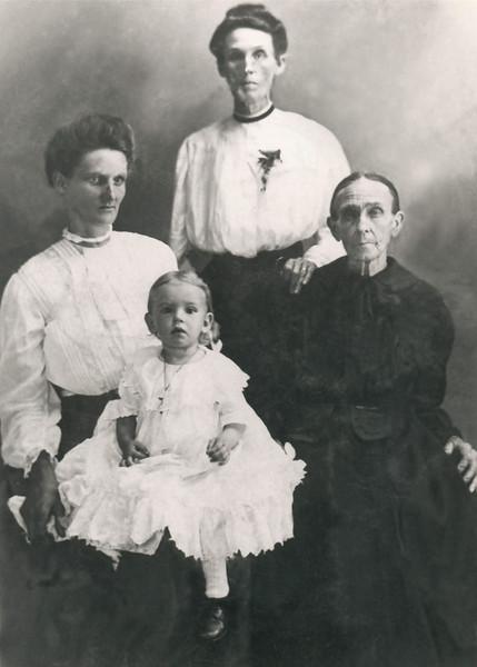 Vera Lessie Knight, Elizabeth Lafayette Todd, Francis McClendon, and Elizabeth Graves