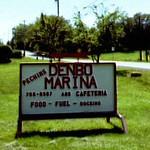 Denbo Pa Marina Sign (CU)