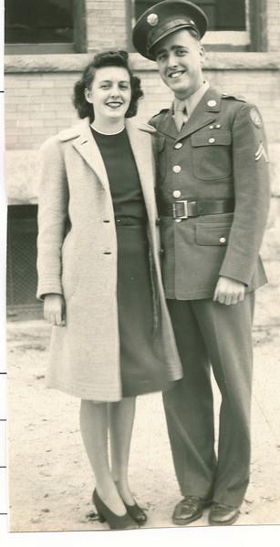 """Alvin Glen Dew (1920-2006), Helen Elizabeth (O'Brien) Dew (1924-2000) Written in the Rogers Reunion Photo Album Volume III page 45 """"Glenn & Helen"""""""