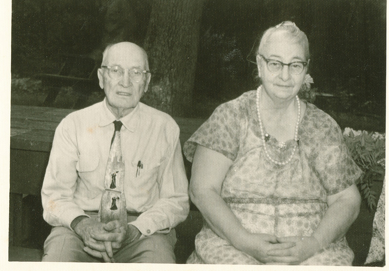 """William Alfred Dew (1969-1965) and Jennie Belle (Pittman) Dew (1887-1966)  Written in the Rogers Reunion Photo Album Volume III page 111 """"Jennie & Will Dew - Reunion at Lowell Park"""""""