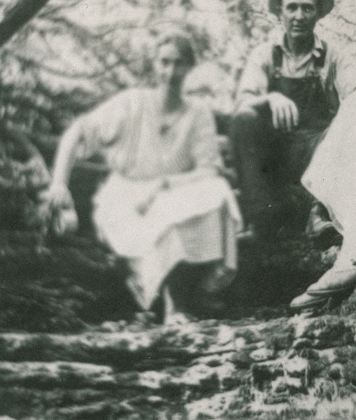 "Jennie Belle (Pittman) Dew (1887-1966) and William Alfred Dew (1869-1965)  Written in the Rogers Reunion Photo Album Volume III page 109 ""Starved Rock, IL Honeymoon"""